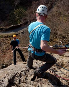 abseiling-side-image